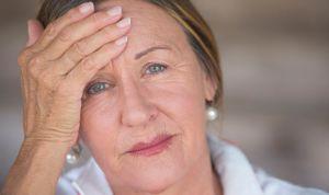 La pérdida de audición se asocia al deterioro cognitivo y de la memoria