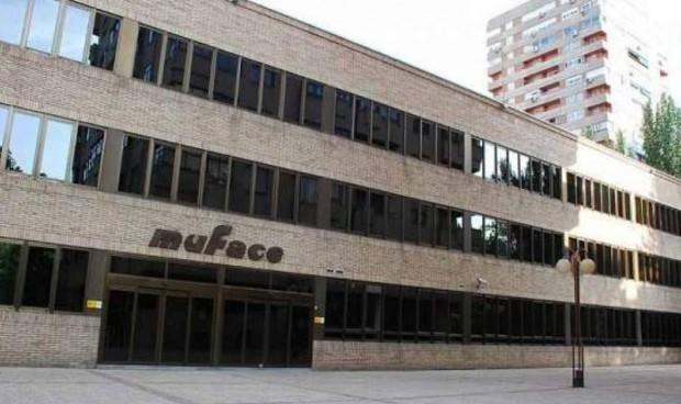 La privada no quiere sacar a los jubilados del 'modelo Muface'