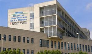 La Ribera reduce el tiempo de espera quirúrgica y de especialista