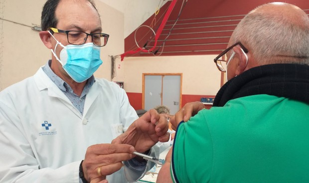 La sanidad asturiana prorroga hasta julio los contratos Covid-19