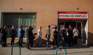 La sanidad española manda al paro a 15.000 trabajadores en dos meses