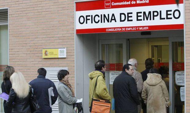 La sanidad, tercer sector que más empleo genera en un junio de récord