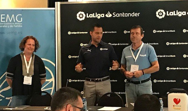 La SEMG forma en soporte vital básico a la Liga de Fútbol Profesional