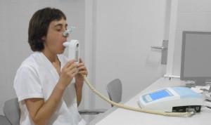 La tasa global de mortalidad por EPOC baja; las muertes totales aumentan