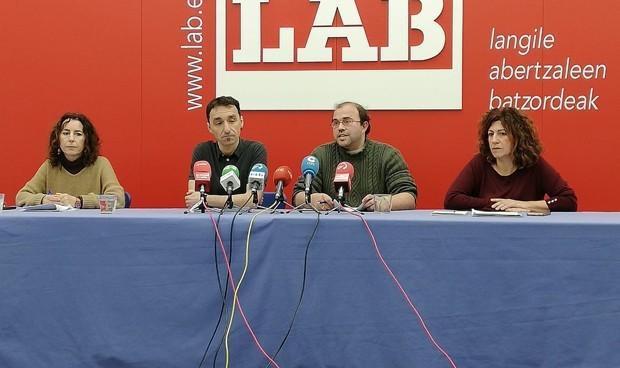 LAB antepone el euskera a que Osakidetza cubra las sustituciones de verano