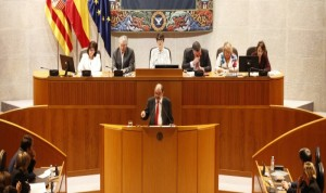 Lambán ataca la sanidad catalana para salvar a la aragonesa