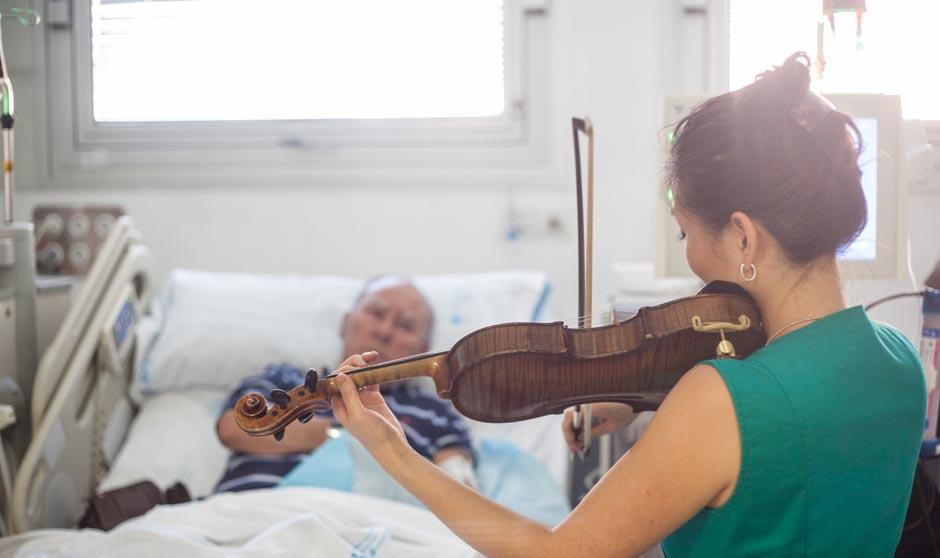 La música llega al hospital: de amansar a las fieras a curar al paciente