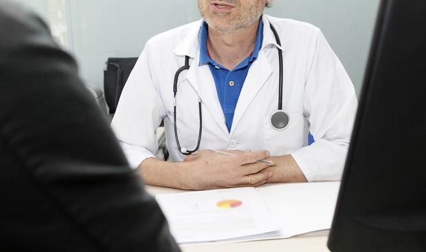 Así debes estar colegiado si ejerces como médico en más de una provincia