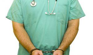 Títulos falsos de Medicina: un peligro para la salud pública por 450 euros