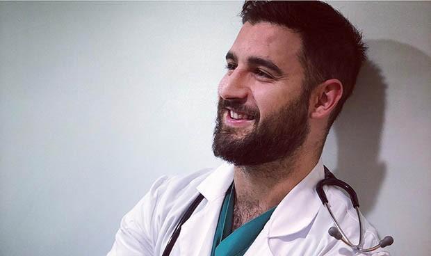 El médico español que superó el coronavirus y ahora es Mr. Gay World Pride