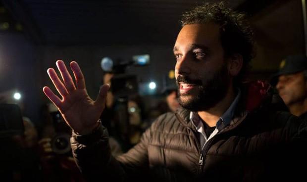 Fusión en Granada: ¿Es un líder sindical, es un político? No, es 'Spiriman'