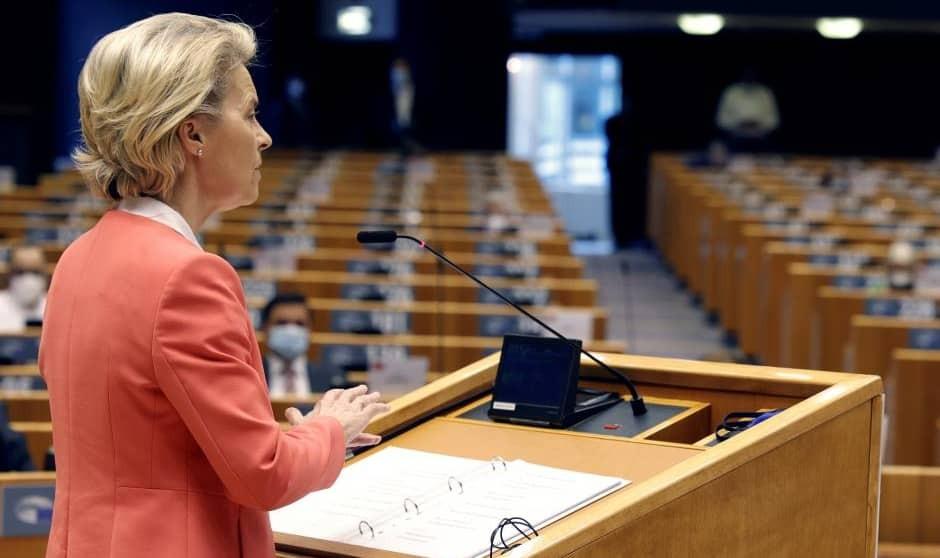 """La liberalización de patentes se """"paraliza"""" en Bruselas en favor de Covax"""