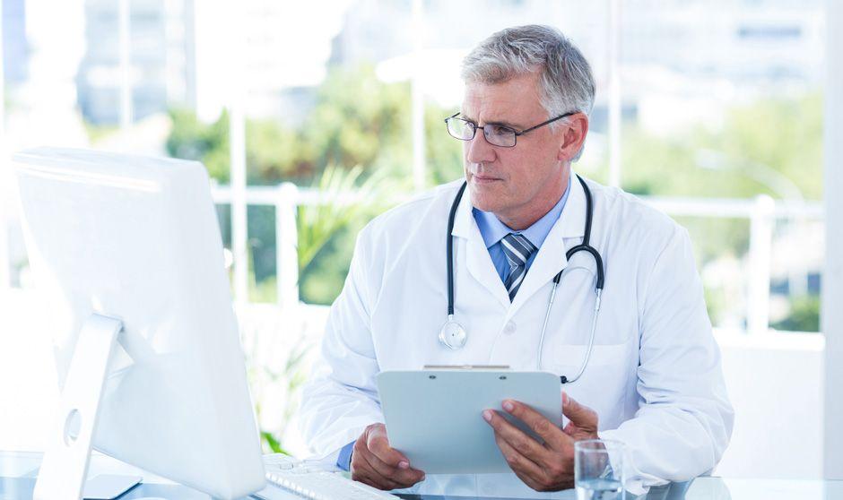 Los que vienen y los que no se quieren ir: dos caras de la profesión médica