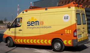 Las ambulancias catalanas posponen la huelga tras negociar su jornada