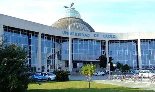 Las chirigotas de Cádiz obligan a trasladar el examen MIR a Puerto Real