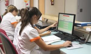 Las empresas 'suavizan' los requisitos en la contratación de sanitarios