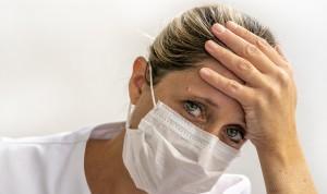 """Las enfermeras a los médicos: """"No somos las ayudantes que tenían en los 50"""""""