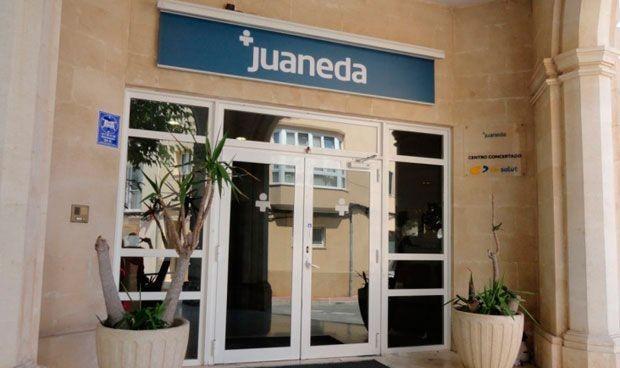 """Las enfermeras denuncian a Juaneda ante Trabajo por """"exceso de horas extra"""""""