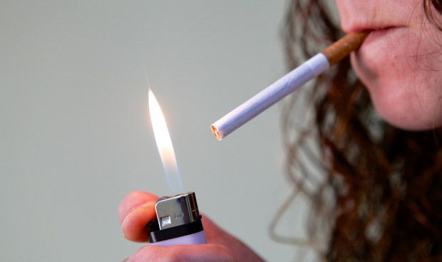 Las fumadoras impedir�n que Espa�a cumpla con la OMS en 2025