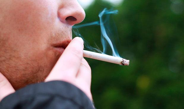 Las muertes por c�ncer de pulm�n se igualan en hombres y mujeres j�venes