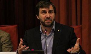 Las ONG catalanas critican los obstáculos de la sanidad universal de Comín