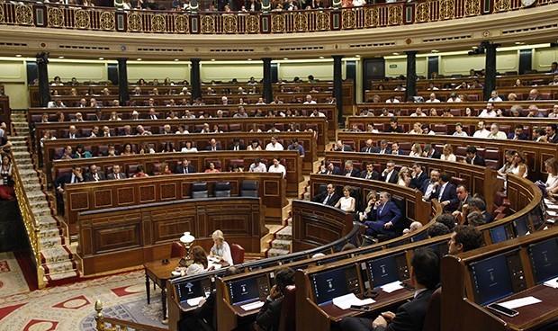 Las primeras medidas sanitarias de Unidas Podemos en el Congreso