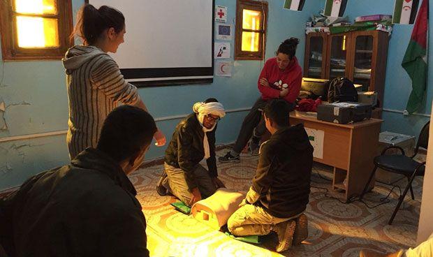 Las redes de apoyo de SEMG Solidaria salvan la vida de un bebé saharaui