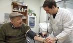 Las zonas con más médicos de Familia tienen pacientes que viven más años