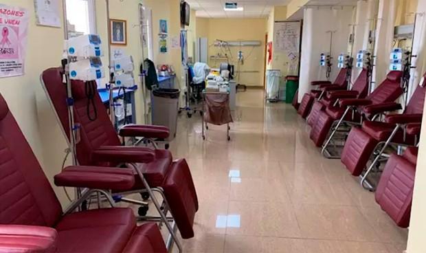 Linares evita el desplazamiento de más de 300 pacientes de Hematología