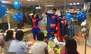 Linde Healthcare ameniza las Navidades de niños hospitalizados en Toledo