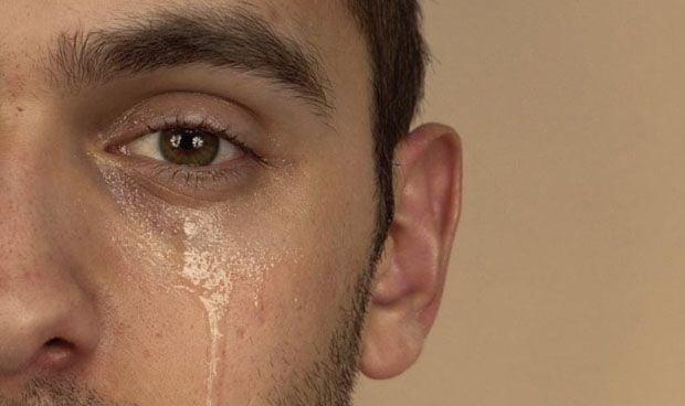 Llorar una vez a la semana libera el estrés, según un investigador japonés