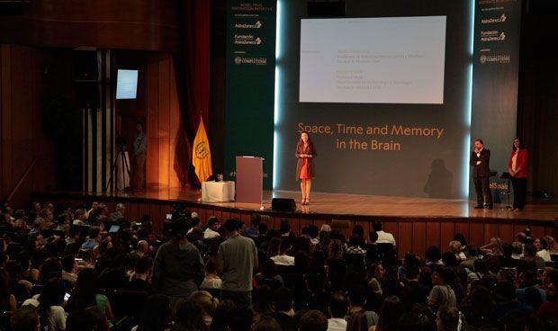 """Lluvia de elogios a la conferencia de Moser: """"Inspiración y pura energía"""""""