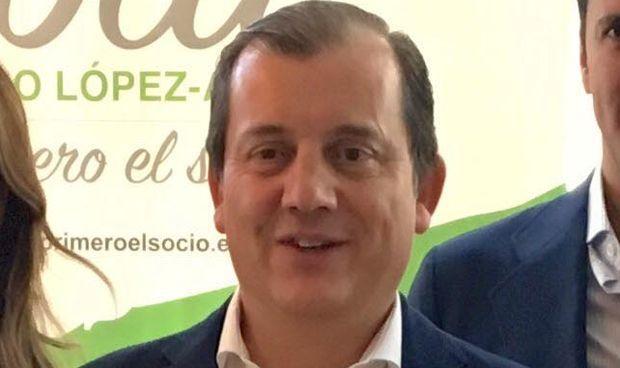 López-Arias dice que la Junta Electoral ha anulado su candidatura