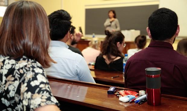 Los alumnos de Medicina tienen un 30% más de carga académica que el resto