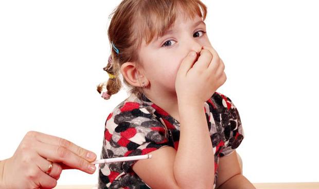 Los bebés, los más afectados por el rastro del tabaco en muebles y paredes