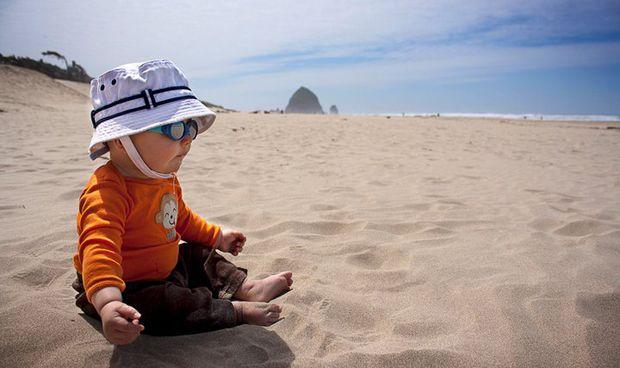 Los bebés menores de un año tienen más riesgo de padecer golpes de calor