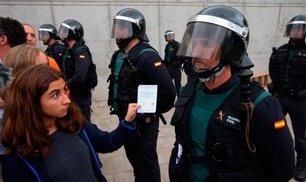 Los CDR buscan equipos médicos que les asistan tras las cargas policiales