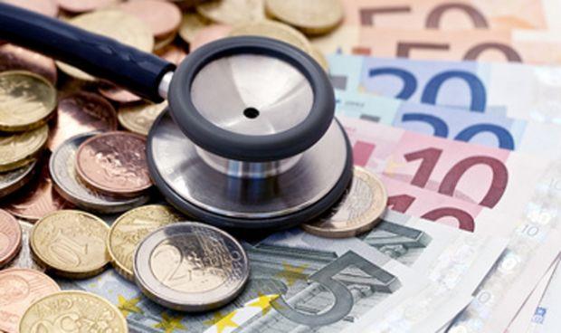 Los cinco errores que comete el médico a la hora de invertir sus ahorros