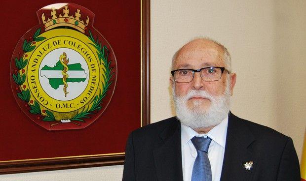 Los colegios de médicos andaluces aclaran su relación con la Consejería