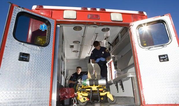 Los conductores de ambulancias no tienen por qué tener estudios superiores