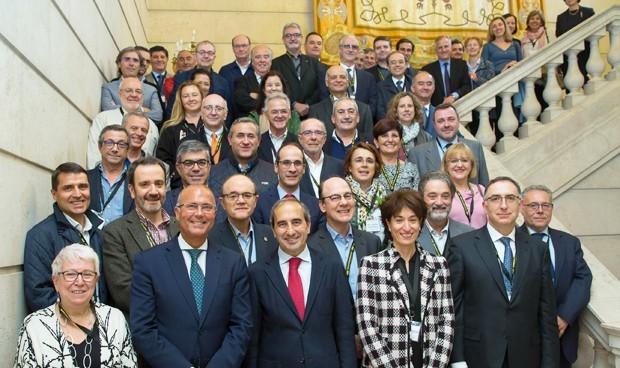 Los decanos de Medicina en contacto pese a suspender su cumbre anual