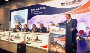 Los dentistas españoles denuncian el caso iDental en un congreso mundial