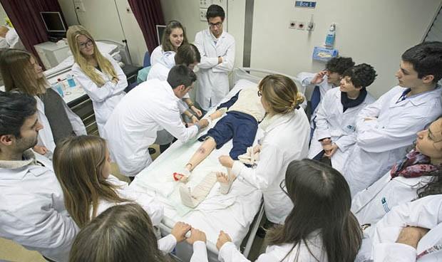 Los estudiantes de Enfermería suspenden menos que los de Medicina