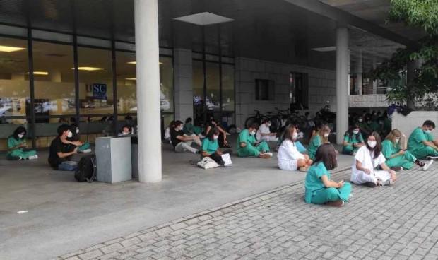 """Los estudiantes de Medicina de la USC, a huelga: """"Queremos hacer prácticas"""""""