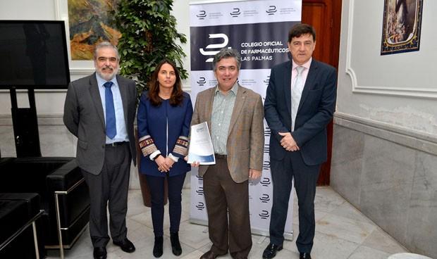 Los farmacéuticos de Las Palmas firman la póliza colectiva AMA Vida