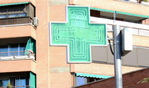 Los farmacéuticos miran 'de reojo' a la posible subasta nacional