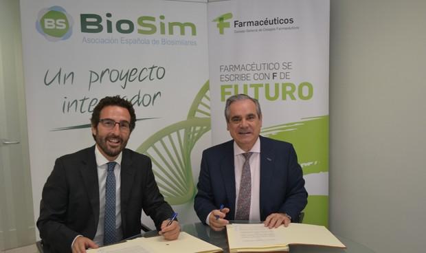 Los farmacéuticos y Biosim pactan promover la dispensación de biosimilares