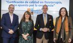Los fisioterapeutas presentan su primera certificación contra el intrusismo