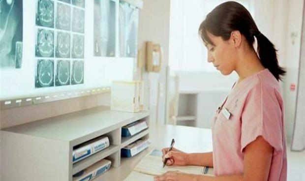 Los hospitales con más personal de Enfermería gustan más a los pacientes