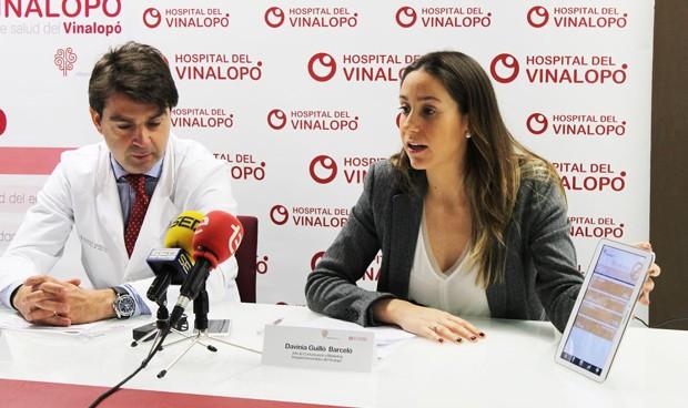Los hospitales de Torrevieja y Vinalopó crean una 'app' para dejar de fumar
